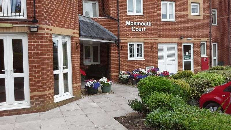 1 Bedroom Retirement Property for sale in Monmouth Court, Newport, NP20 3EX