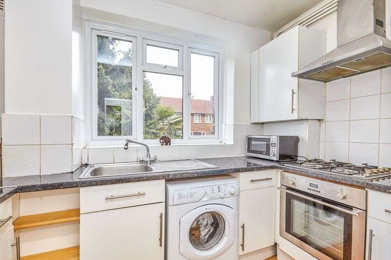 1 Bedroom Flat for sale in Truslove Road, London, Greater London, SE27