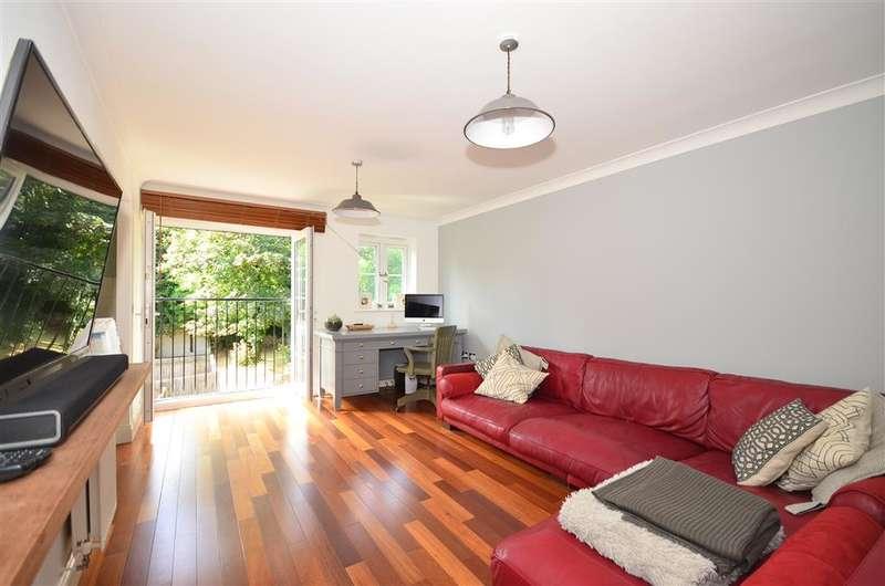 2 Bedrooms Apartment Flat for sale in Jasmine Court, Maidstone, Kent