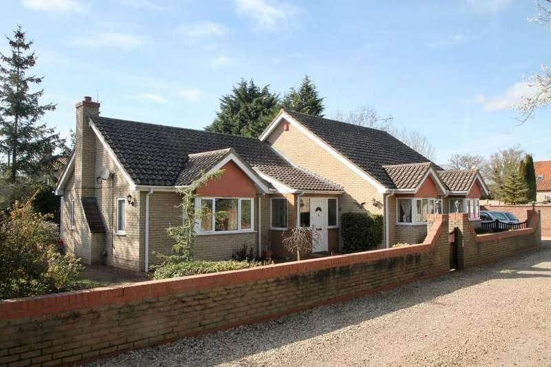 3 Bedrooms Detached Bungalow for sale in Station Road, Lakenheath