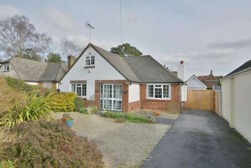 4 Bedrooms Detached Bungalow for sale in Fernlea Close, Ferndown