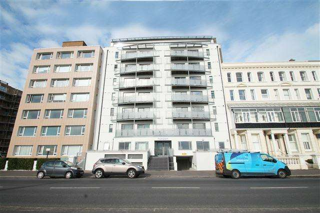 2 Bedrooms Flat for sale in Horizon, Kingsway, Hove