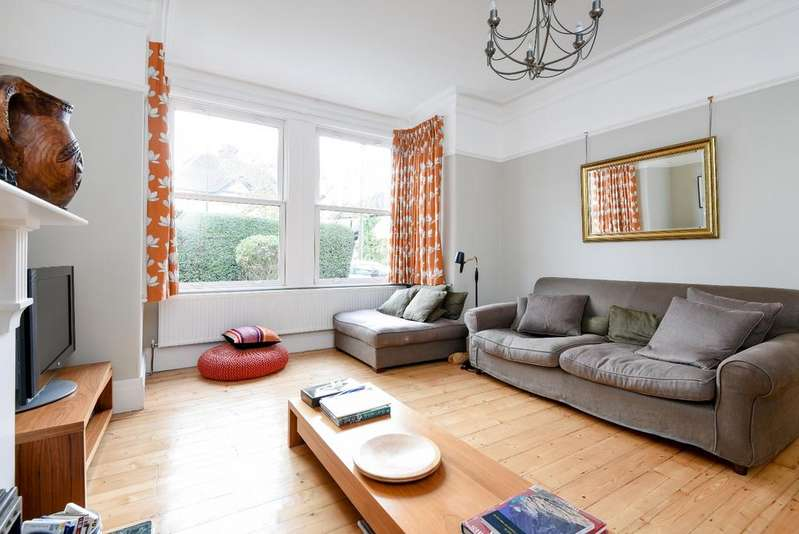 5 Bedrooms Semi Detached House for sale in Eaglesfield Road Shooters Hill SE18