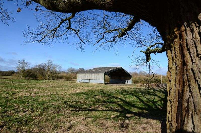 5 Bedrooms Land Commercial for sale in Rural setting, Nr Martley, Worcestershire