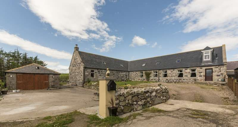 4 Bedrooms Farm House Character Property for sale in Lochlip Farm, Fraserburgh, Aberdeenshire, AB43 8TR