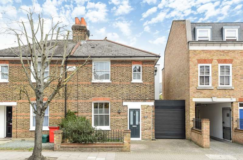 3 Bedrooms House for sale in Hartfield Road, Wimbledon, SW19