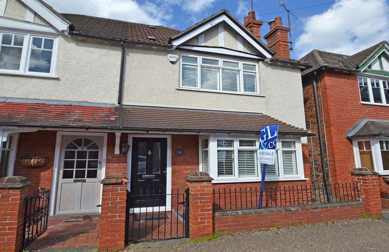 3 Bedrooms House for sale in Madeira Avenue, Horsham, West Sussex, RH12