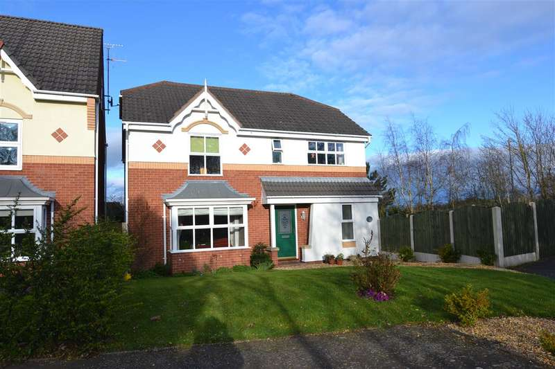 3 Bedrooms Detached House for sale in Padstow Drive, Stafford