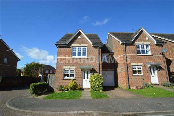 3 Bedrooms House for sale in Colenso Drive, London