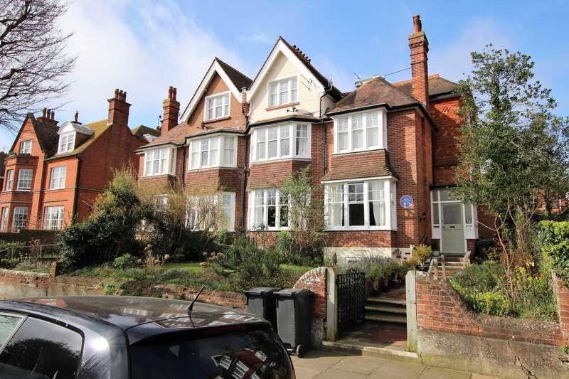 2 Bedrooms Flat for sale in Milnthorpe Road, Eastbourne, BN20 7NR