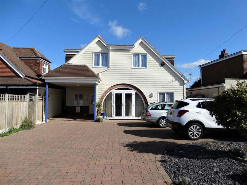 4 Bedrooms Detached House for sale in Pagham, Bognor Regis