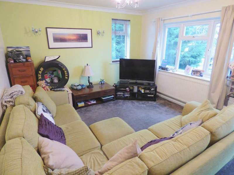2 Bedrooms Flat for sale in LOWER PARKSTONE