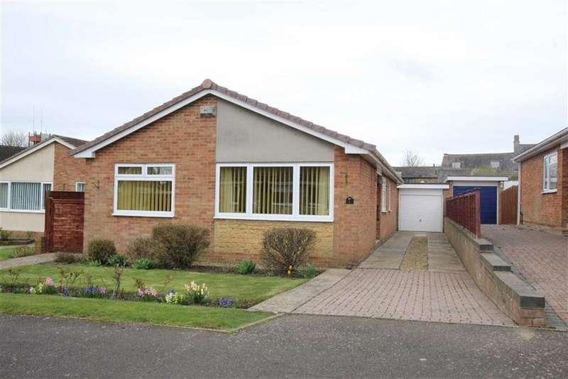3 Bedrooms Bungalow for sale in 8, Marlborough Croft, Brackley