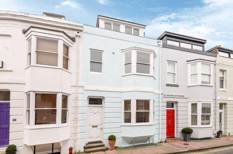 3 Bedrooms Terraced House for sale in St Nicholas Road Brighton East Sussex BN1