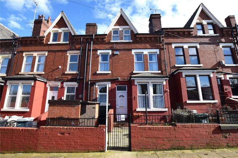 3 Bedrooms Terraced House for sale in Fairford Avenue, Leeds, West Yorkshire, LS11