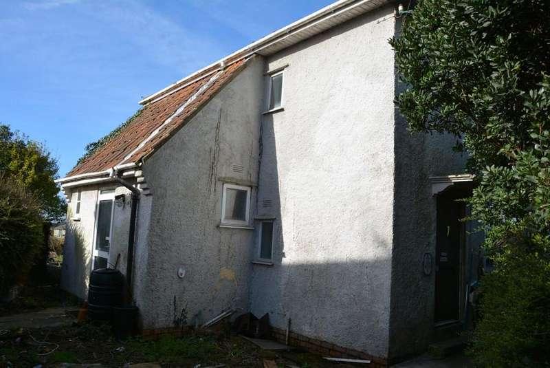 3 Bedrooms Semi Detached House for sale in Bridgwater Road, Bleadon, Weston-super-Mare