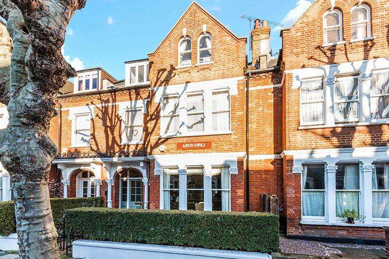 6 Bedrooms Semi Detached House for sale in Streathbourne Road, Wandsworth, London, SW17