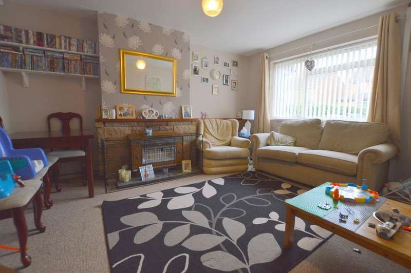 3 Bedrooms Terraced House for sale in Westway, Putteridge, Luton, LU2 8DZ