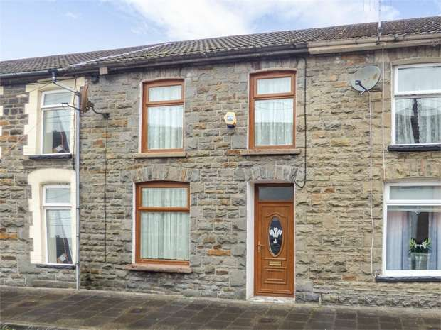 3 Bedrooms Terraced House for sale in Volunteer Street, Pentre, Mid Glamorgan