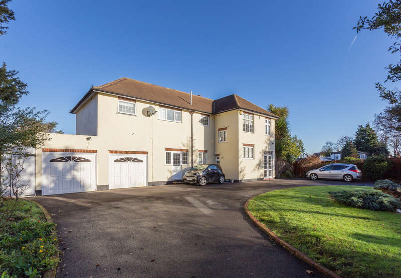 6 Bedrooms Detached House for sale in Mottingham Lane, London