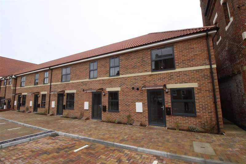 2 Bedrooms Property for sale in Brewery Place, Royal Wootton Bassett