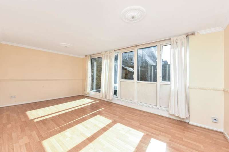 2 Bedrooms Flat for sale in Cable Street, London E1W