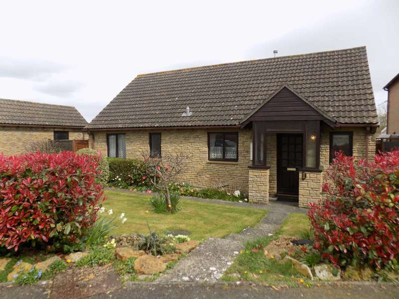 3 Bedrooms Detached Bungalow for sale in Gulway Mead, Chard