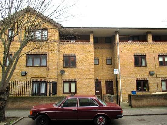 4 Bedrooms Terraced House for sale in Laburnum Street, Hoxton