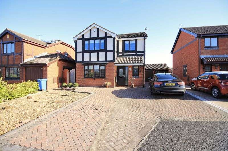 4 Bedrooms Detached House for sale in 11 Beaumont Gardens, Carleton, FY6 7NX