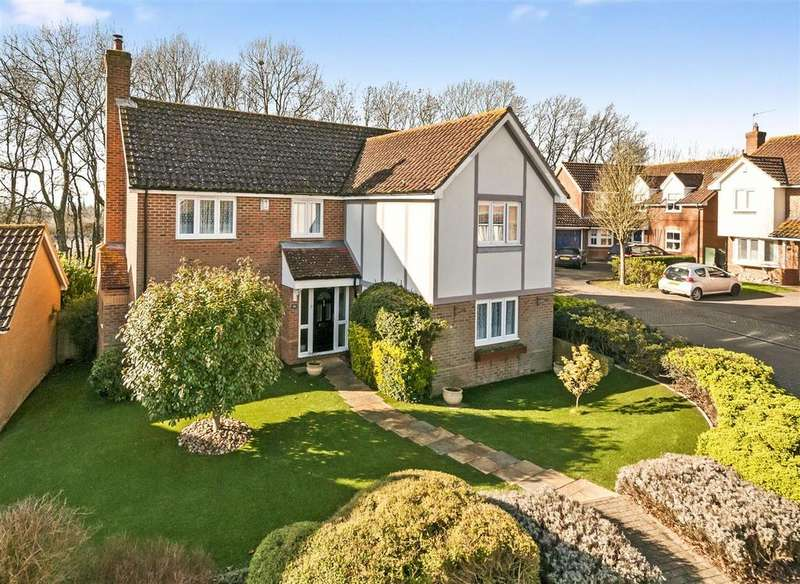 4 Bedrooms Detached House for sale in Victoria Drive, Kings Hill, ME19 4DT