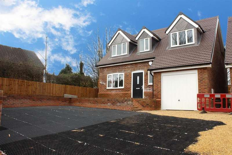3 Bedrooms Detached House for sale in Hockley Road, Hockley, Tamworth