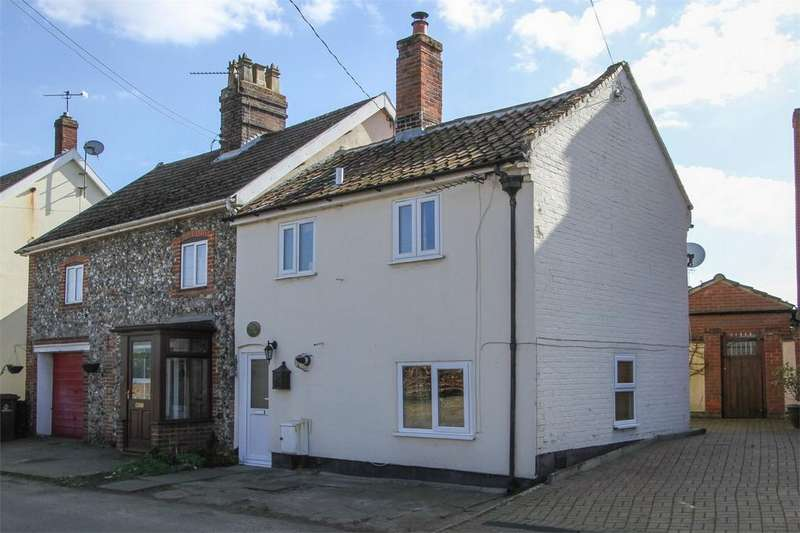 2 Bedrooms Cottage House for sale in White Hart Street, East Harling, Norfolk
