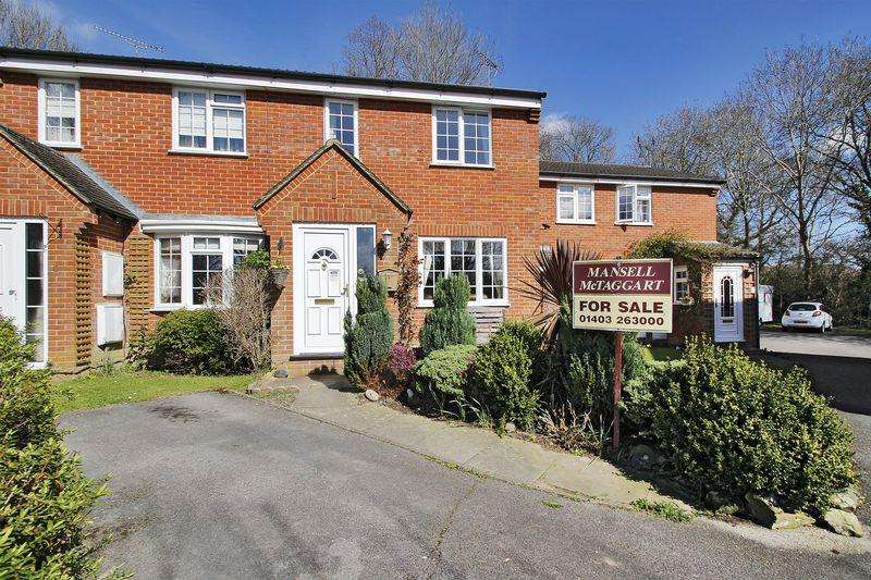 3 Bedrooms Terraced House for sale in Woodhatch, Southwater
