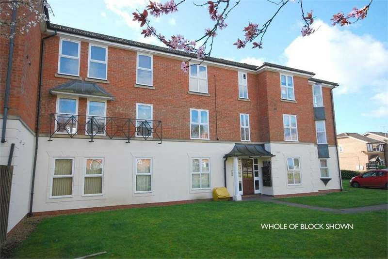 2 Bedrooms Flat for sale in Morton Gardens, RUGBY, Warwickshire