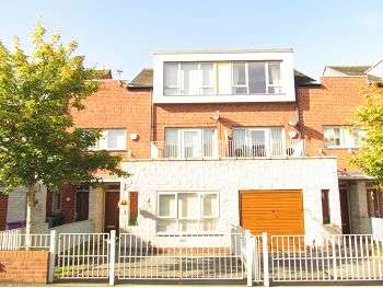 3 Bedrooms Town House for rent in Northumberland Street, Dingle, Liverpool