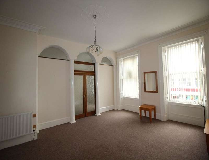 2 Bedrooms Flat for sale in High Street, MONTROSE, DD10