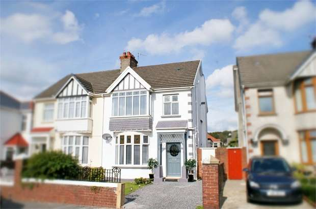 3 Bedrooms Semi Detached House for sale in Stradey Park Avenue, Llanelli, Carmarthenshire