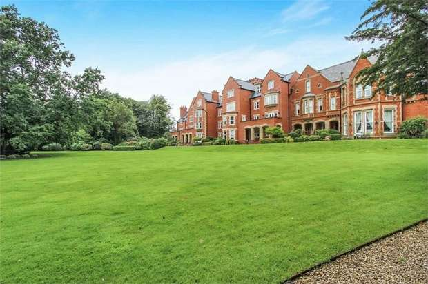 2 Bedrooms Flat for sale in Lodge Lane, Singleton, Poulton-le-Fylde, Lancashire