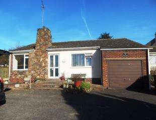 3 Bedrooms Bungalow for sale in The Broadway, Minster On Sea, Sheerness