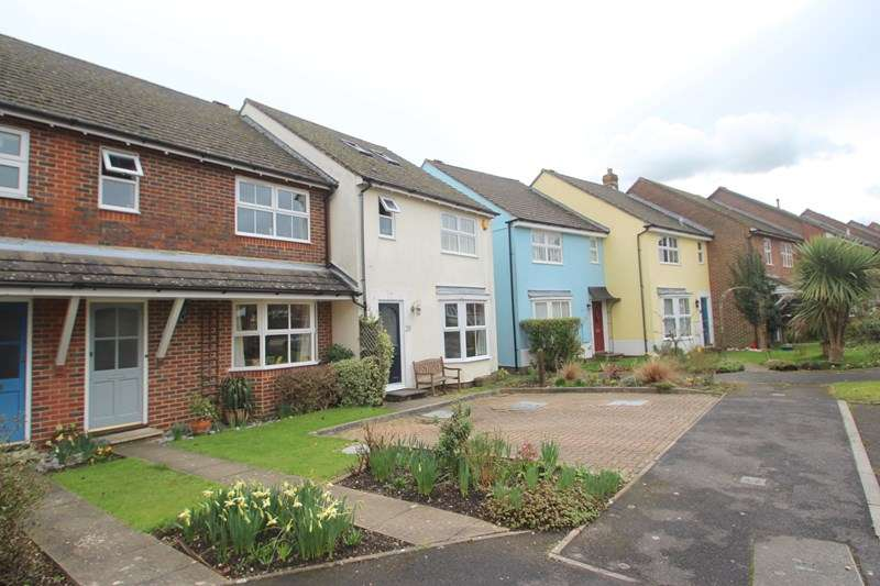 3 Bedrooms Property for sale in The Bartletts, Hamble, SOUTHAMPTON