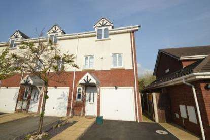 3 Bedrooms End Of Terrace House for sale in Tudor Gardens, Hightown, Liverpool, Merseyside, L38
