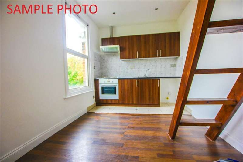 Flat for sale in Fernhead Road, Maida Vale, London