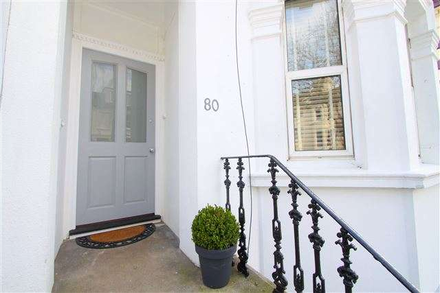 3 Bedrooms Maisonette Flat for sale in Ditchling Rise, Brighton, BN1 4QQ