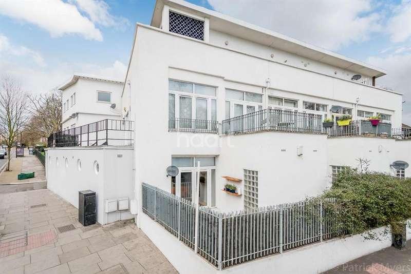 2 Bedrooms Flat for sale in East Dulwich Road, Peckham Rye, London, SE15