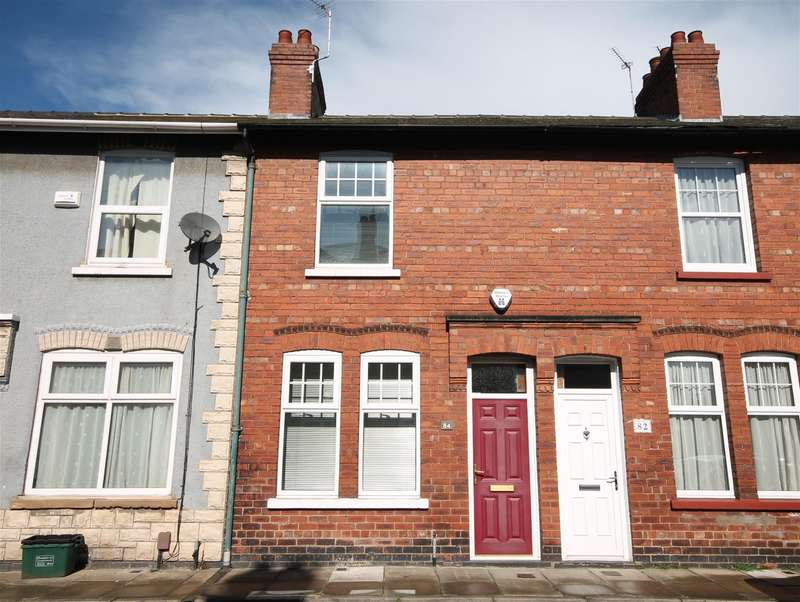 2 Bedrooms Terraced House for sale in Rose Street, York, YO31 8JF