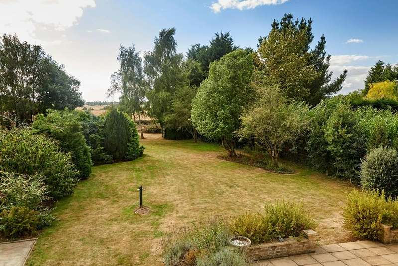 4 Bedrooms Detached House for sale in Tendring