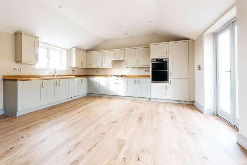 3 Bedrooms Link Detached House for sale in Eastfield Farm, Moor Lane, Askham Bryan, York, YO23