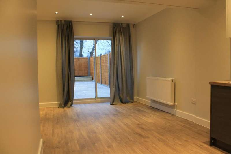 6 Bedrooms House for sale in Great North Way, Hendon, NW4