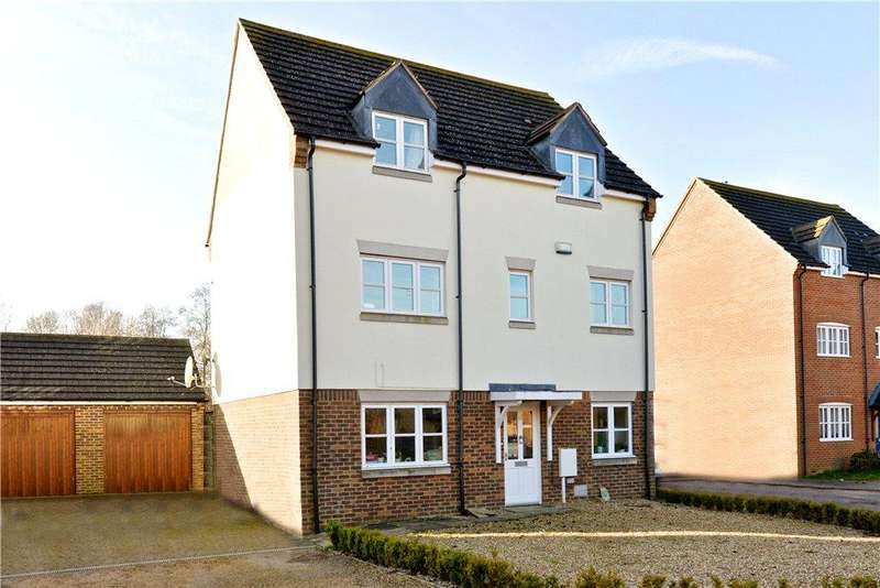 5 Bedrooms Detached House for sale in Goldhawk Road, Monkston Park, Milton Keynes, Buckinghamshire