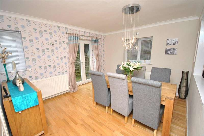 3 Bedrooms Terraced House for sale in East Causeway, Adel, Leeds, West Yorkshire